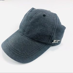 Lululemon fitted hat
